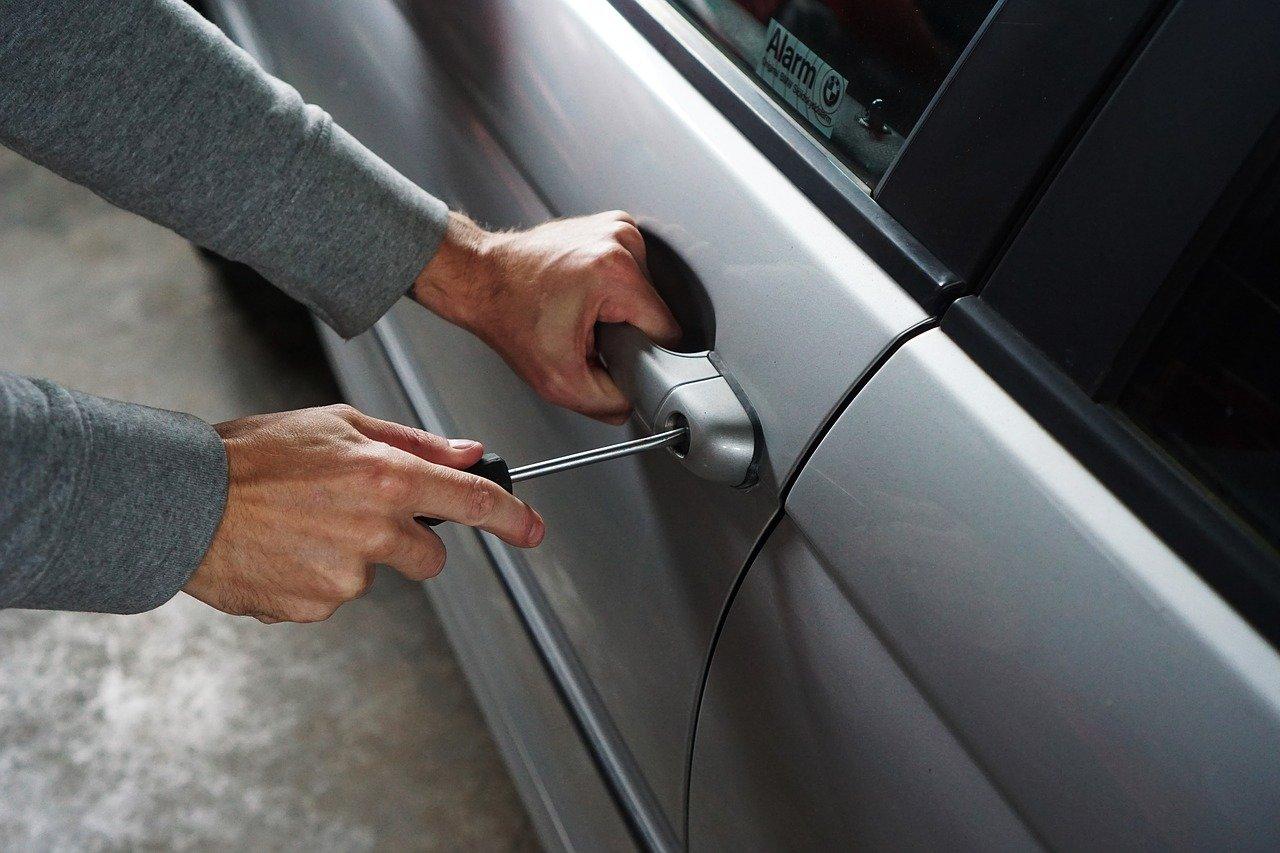 Как да предпазим автомобила си от кражба