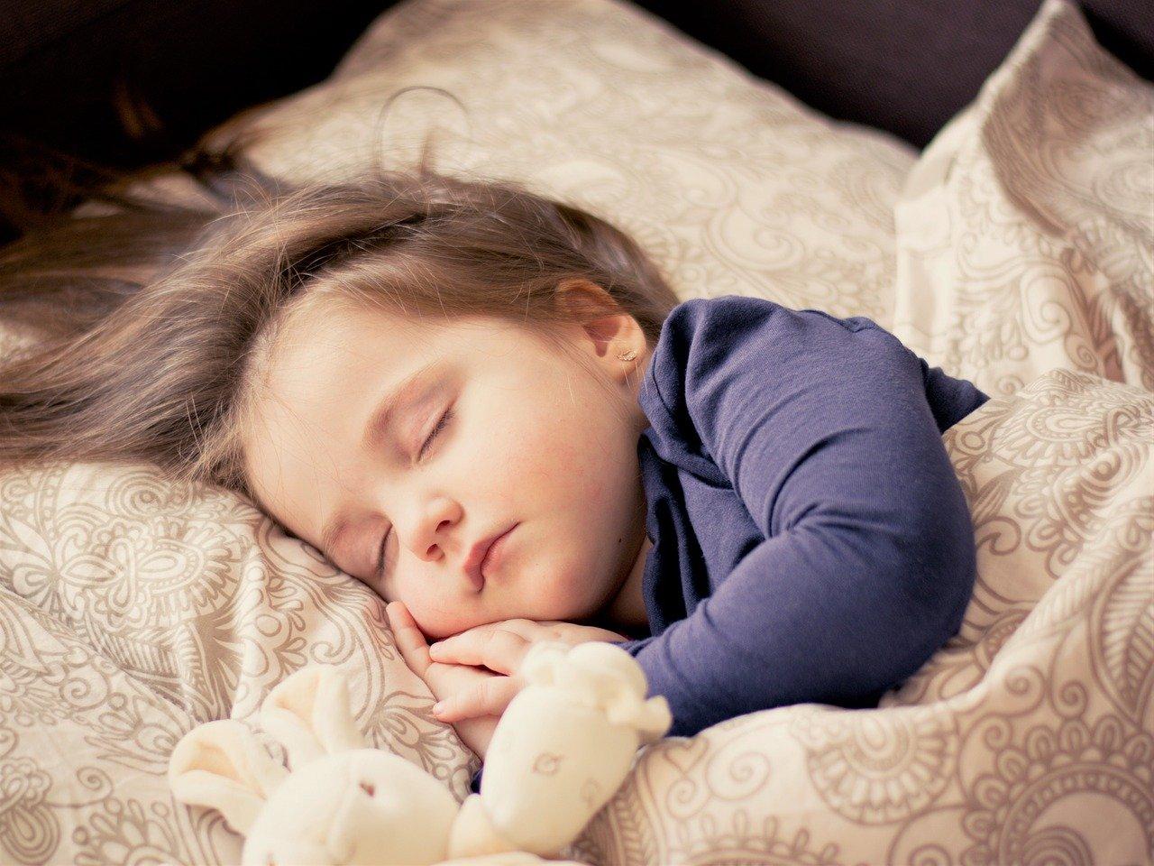 Как да изберем правилното бебешко спално бельо